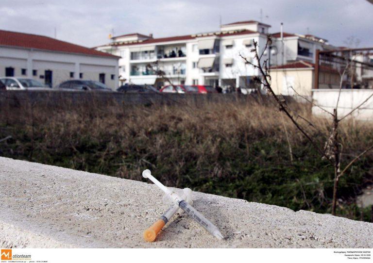 Θεσσαλονίκη: Λήστεψαν ανήλικους με την απειλή σύριγγας! | Newsit.gr