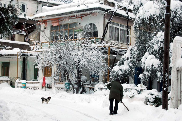 Κρήτη: Αποκλεισμένα χωριά και προβλήματα στους δρόμους από την κακοκαιρία!   Newsit.gr