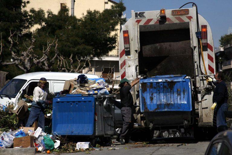Τρίκαλα: Το δρομολόγιο του τρόμου – Στα σκουπίδια υπήρχαν πυροτεχνήματα!   Newsit.gr