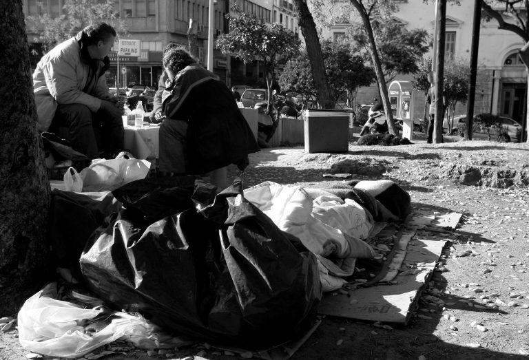 Βίντεο – σοκ του CNN για τους άστεγους της Αθήνας   Newsit.gr