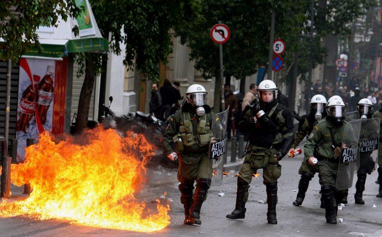 «Μνημόνιο καταστολής πλήθους»: Στρατιωτικές δυνάμεις εναντίον διαδηλωτών -Τι ισχύει | Newsit.gr