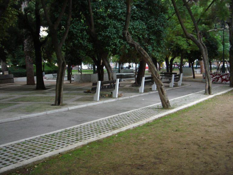Οι patrinistas καθάρισαν την Πλατεία Όλγας!   Newsit.gr