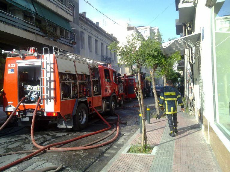 Υπό έλεγχο η φωτιά στη γέφυρα Κολοκυνθούς | Newsit.gr