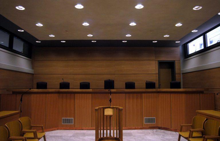 Γιάννενα: Δικηγόροι κατέλαβαν τα δικαστήρια! | Newsit.gr