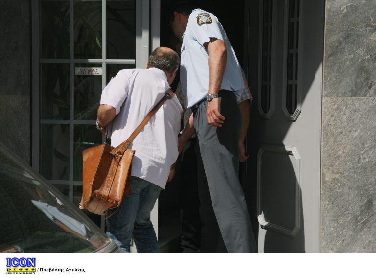 Ο θαρραλέος ταχυδρόμος από τη Μάνη «έσωσε» τις συντάξεις – Πυροβολήθηκε δύο φορές αλλά κατάφερε να ξεφύγει!   Newsit.gr