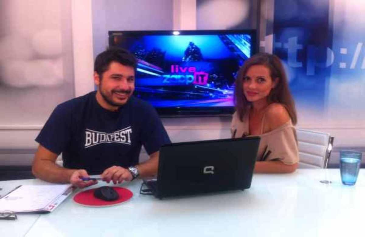 H Ελένη Καρποντίνη κάνει τώρα live chat με τους αναγνώστες του ZAPPIT! | Newsit.gr