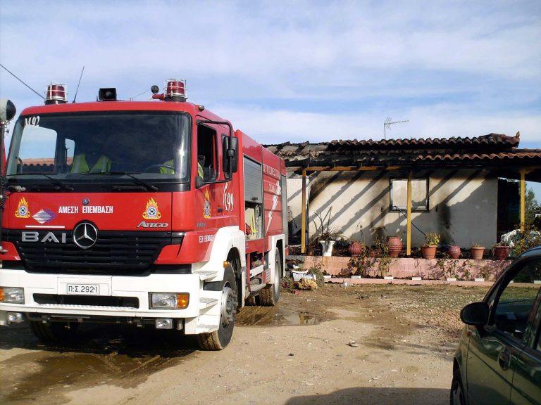Θήβα: Έβαλε φωτιά… στο ίδιο του το σπίτι! | Newsit.gr