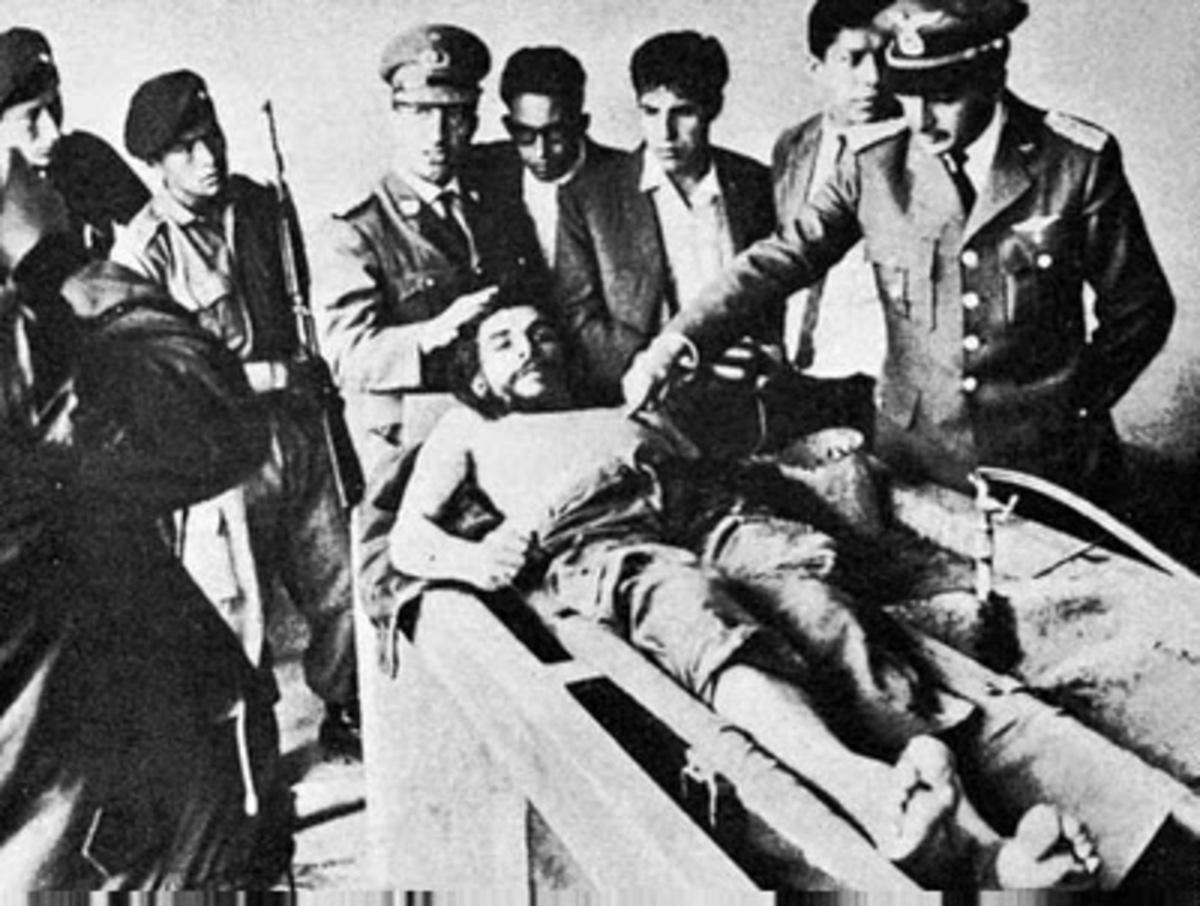 Τα «αμερικανικά άλμπουμ εκτελέσεων» των «κακών» και η πλαστή φωτογραφία του Λάντεν! | Newsit.gr