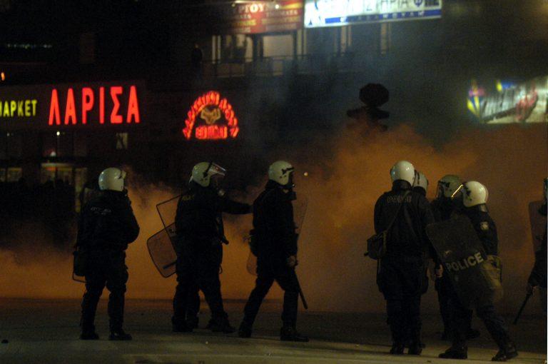 Λάρισα: Οι αποφάσεις για τους 11 των Δεκεμβριανών επεισοδίων του 2008 | Newsit.gr