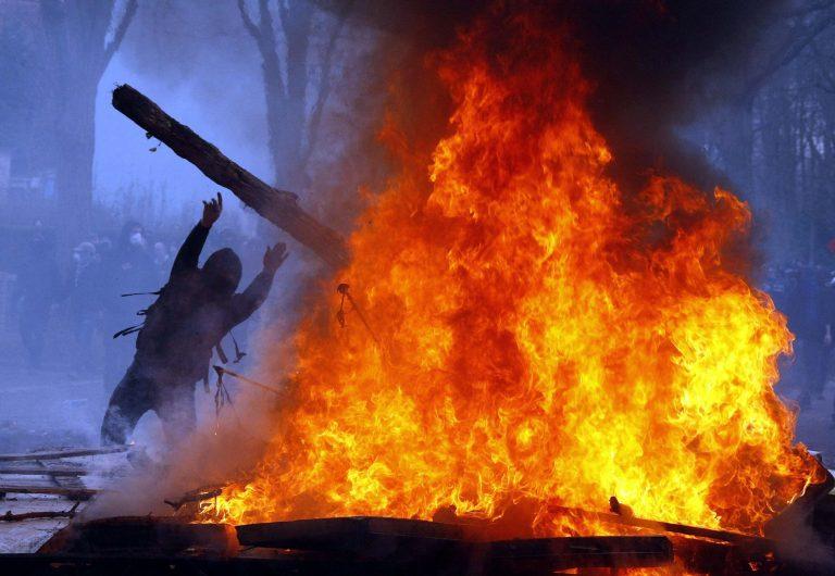 Θεσσαλονίκη: Καταδικάστηκαν για τα επεισόδια της συνόδου κορυφής του 2003 | Newsit.gr