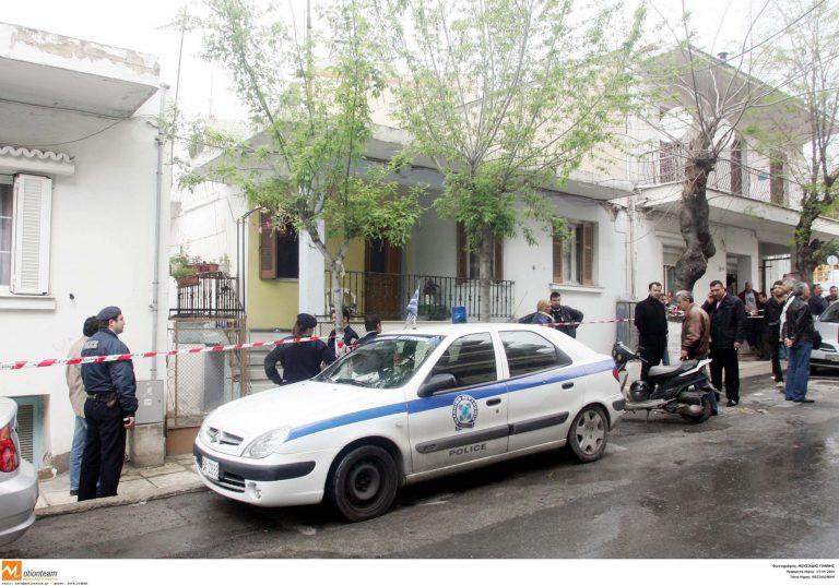 Ηράκλειο: Προσπάθησαν με μία τηλεκάρτα να μπουν μέσα σε σπίτια | Newsit.gr