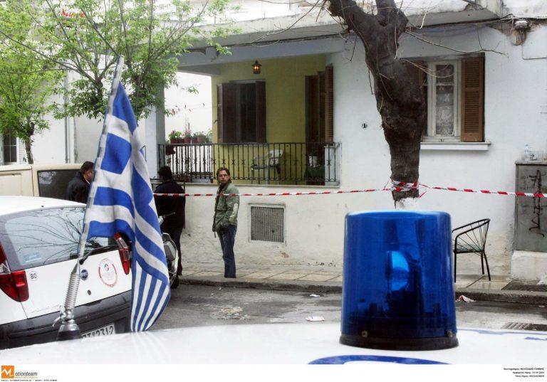 Τρίκαλα: Φόνος στην κρεβατοκάμαρα – Σκότωσε τη γυναίκα του με καραμπίνα! | Newsit.gr