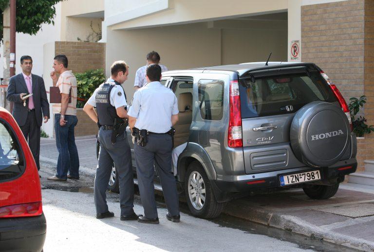 Θεσσαλονίκη: Θρίλερ με πτώμα που βρέθηκε σε αυτοκίνητο! | Newsit.gr