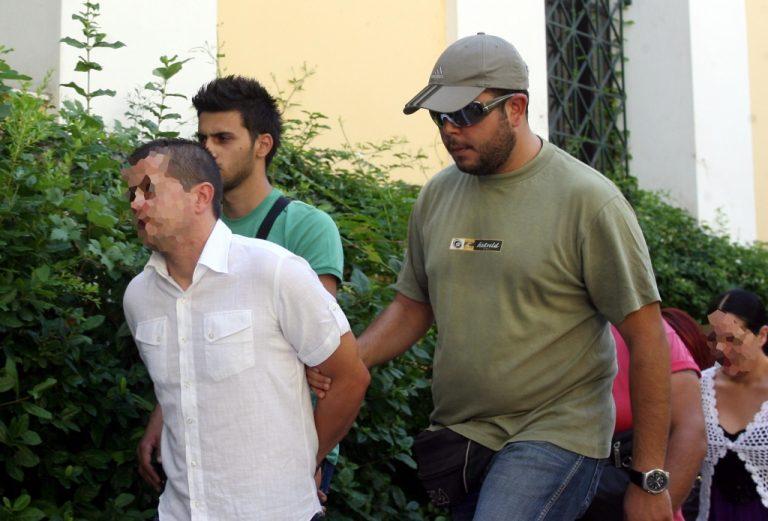 Πως πήγαν να περάσουν κινητό σε κατηγορούμενο για την απαγωγή Παναγόπουλου μέσα στο δικαστήριο!   Newsit.gr