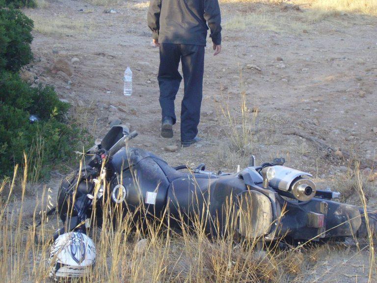 Ηράκλειο: »Έσβησε» οδηγός μηχανής που συγκρούστηκε με φορτηγό! | Newsit.gr