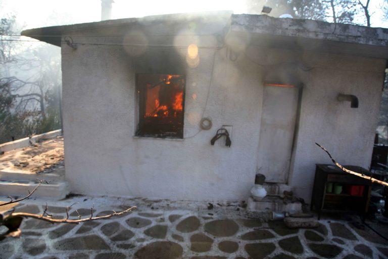 Έσβηναν τη φωτιά και τη βρήκαν νεκρή! | Newsit.gr