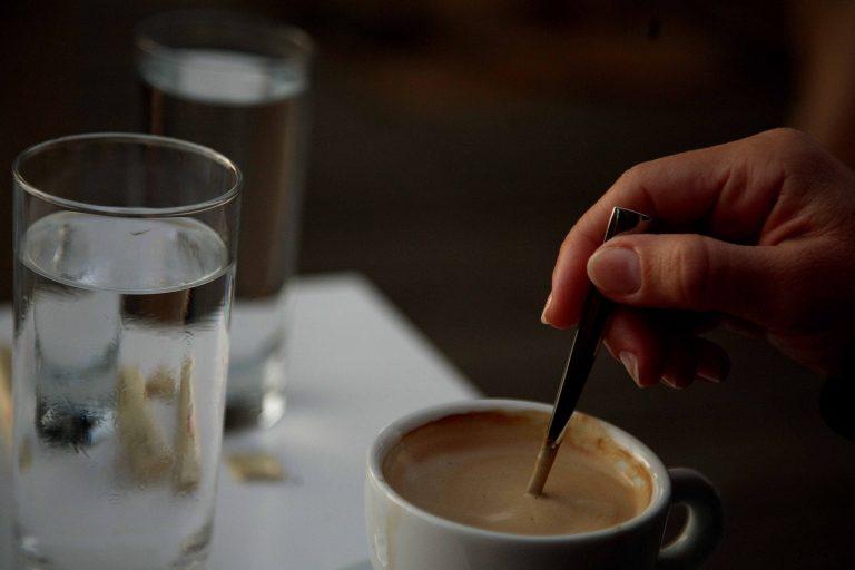 Τρίκαλα: Η καφετέρια δεν ήταν γνωστή για τα ροφήματα… | Newsit.gr