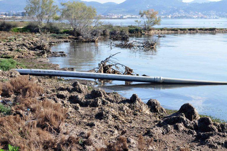 Αστικά λύματα στη θάλασσα στον Πάνορμο | Newsit.gr