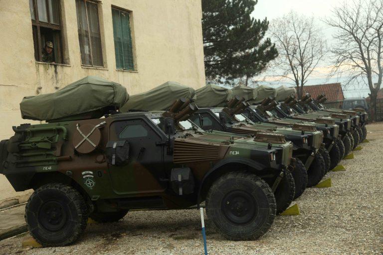 Αχαϊα: Μεταμεσονύκτιος πανικός σε στρατόπεδο – Η περίπολος έπιασε κλέφτες!   Newsit.gr