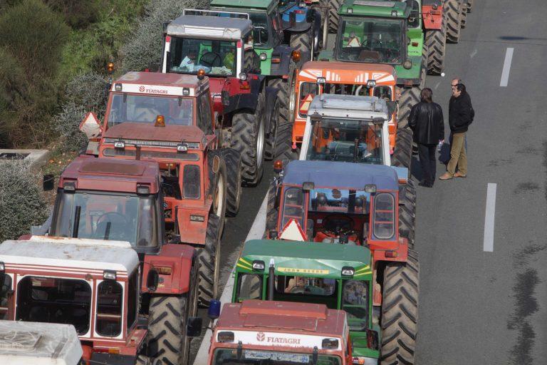 Αγρότες: Περιμένουμε τα λόγια του Σαμαρά – Τσαυτάρης: Θέλουμε να σας μειώσουμε τα έξοδα! | Newsit.gr