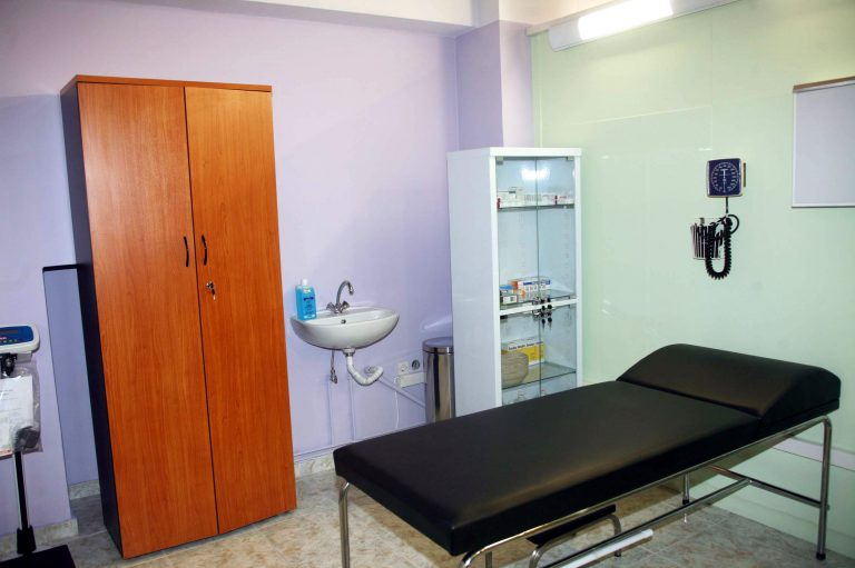 Πάτρα: Ο… ασθενής συνήλθε την ώρα της εξέτασης και άρχισε να τρέχει! | Newsit.gr