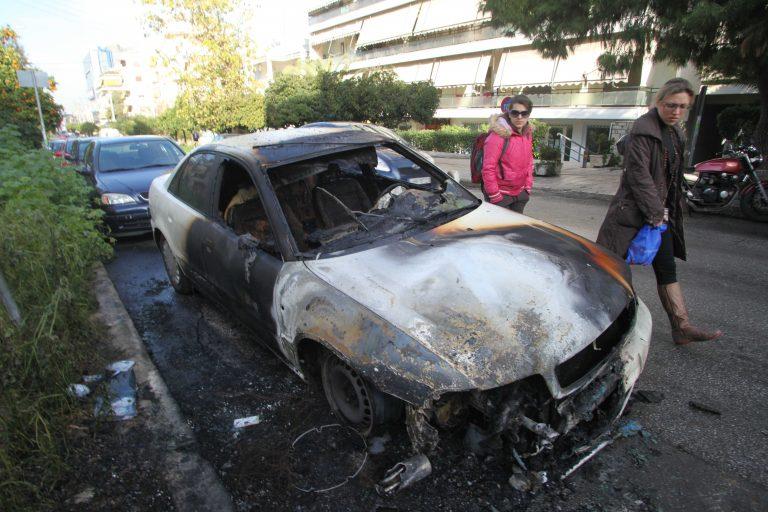 Πάτρα: Αυτοκίνητο έγινε στάχτη | Newsit.gr