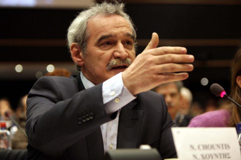 Νίκος Χουντής: «Τι μου είπε ο Όλι Ρεν για τη σταδιακή κατάργηση του επιδοματος ανεργίας» | Newsit.gr