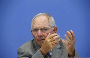 Financial Times – Σόιμπλε: Όσο η Ελλάδα έχει πρωθυπουργό τον Τσίπρα θα κινδυνεύει με Grexit