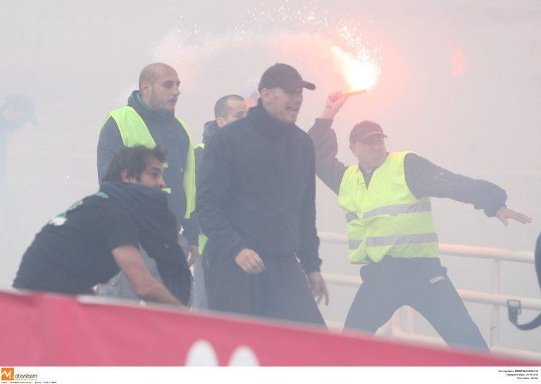 Κορινθία: »Πράσινοι» χούλιγκαν έκαιγαν »κόκκινους» συνδέσμους! | Newsit.gr