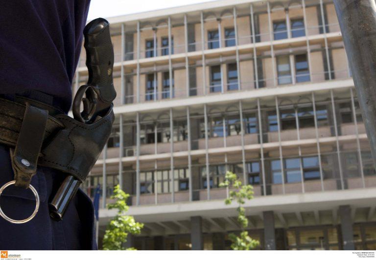 Θεσσαλονίκη: Απειλητικά τηλεφωνήματα για τοποθέτηση εκρηκτικών μηχανισμών | Newsit.gr