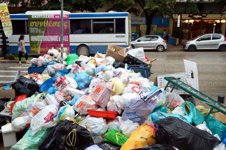 Γύθειο: Για ένα μήνα… πόλη – σκουπιδότοπος!   Newsit.gr