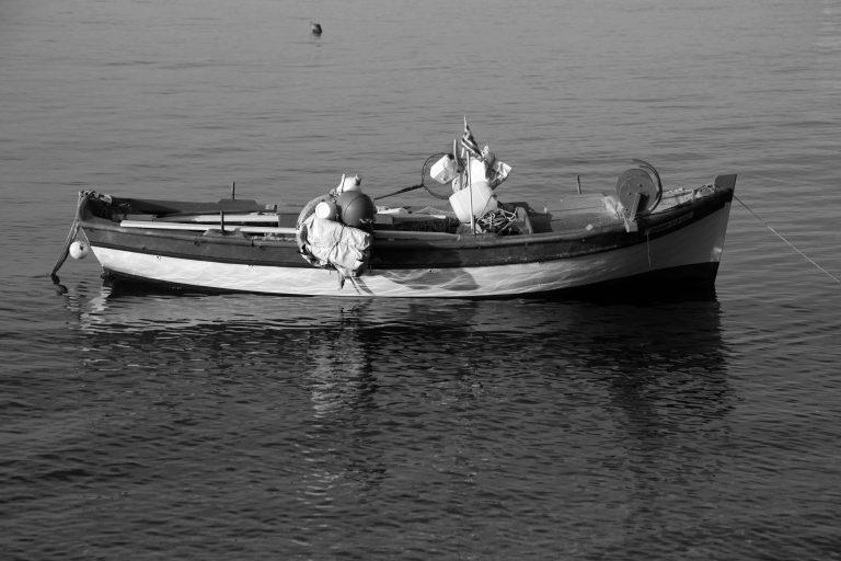 Εντόπισαν βάρκα με δυναμίτιδα στη Σαμοθράκη   Newsit.gr