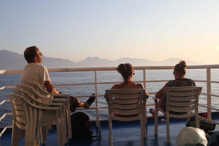 Ξενοδόχοι Ζακύνθου: Ζητούν φθηνότερα εισιτήρια στα πλοία | Newsit.gr