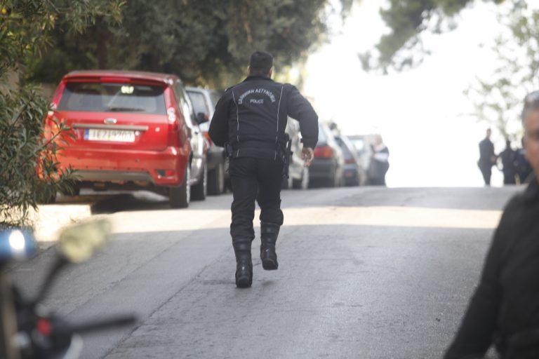 Κορινθία: Παρίστανε τον αστυνομικό και πουλούσε κλεμμένα! | Newsit.gr