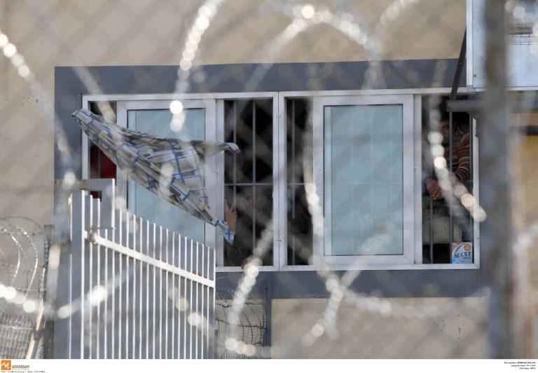 Θράκη: Δραπέτευσαν προσωρινά 21 λαθρομετανάστες! | Newsit.gr