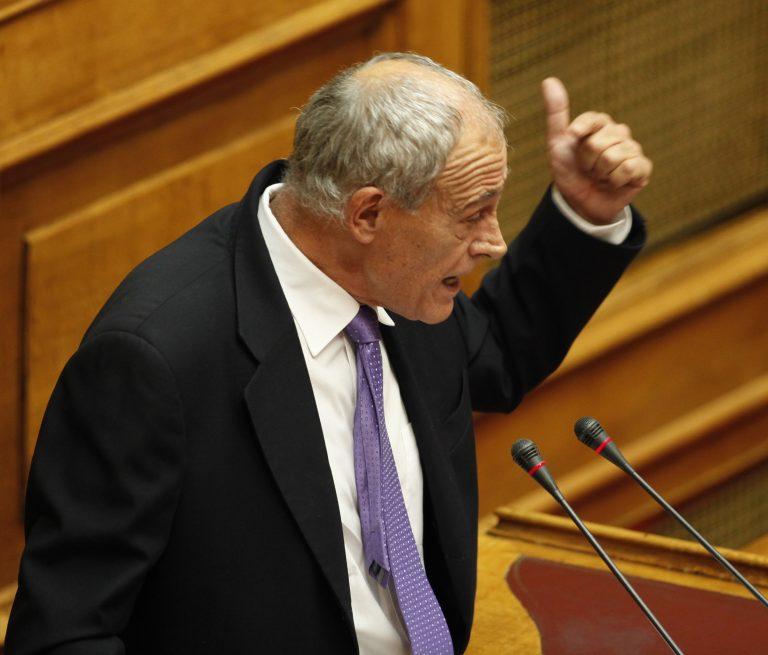 Καταγγελία στη Βουλή για κατασχεμένα πυρομαχικά σε αποθήκες του στρατού | Newsit.gr