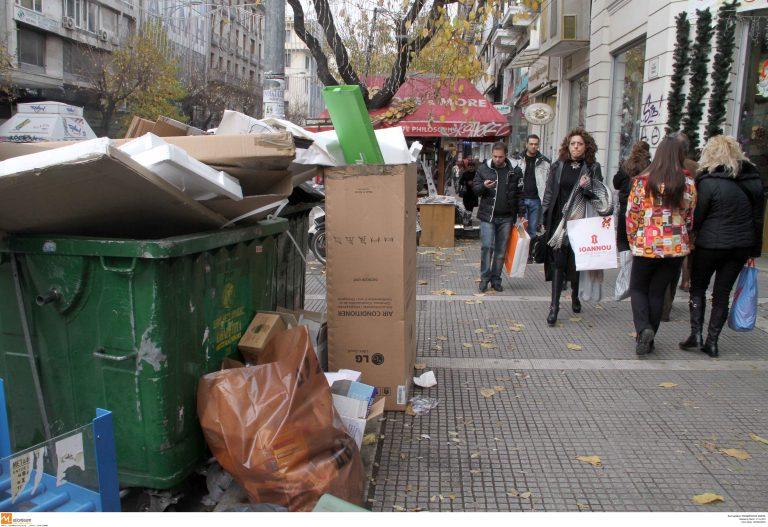 Απαλλάχθηκε η Θεσσαλονίκη από τους τόνους σκουπιδιών   Newsit.gr