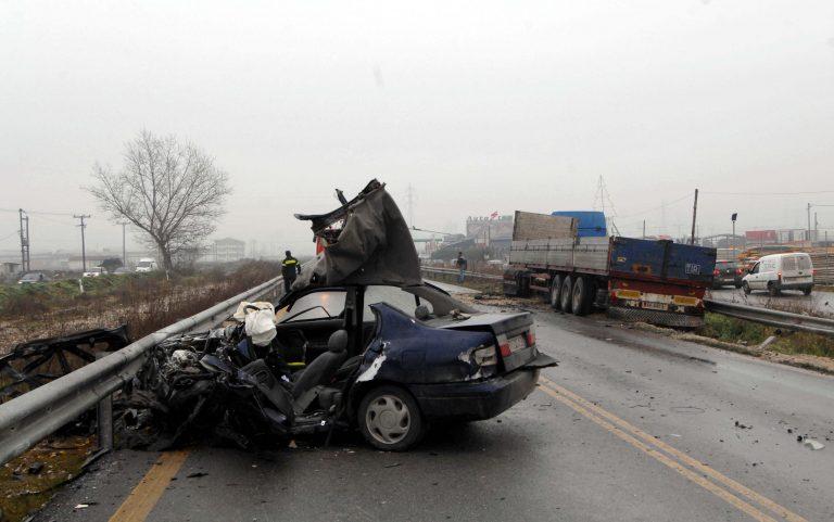 Μεσσηνία: Αυτοκίνητο »καρφώθηκε» σε μαντρότοιχο – Νεκρός ο νεαρός οδηγός!   Newsit.gr