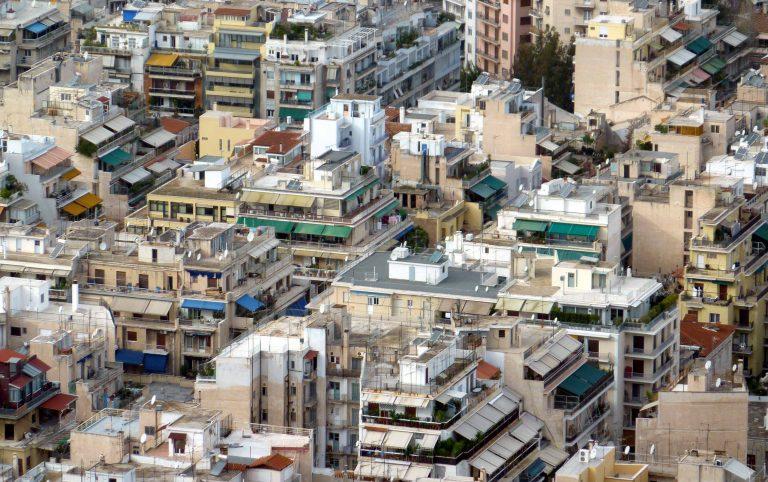 Θεσσαλονίκη: Ρυθμίστηκαν περίπου 8.900 υποθέσεις ημιυπαίθριων χώρων | Newsit.gr
