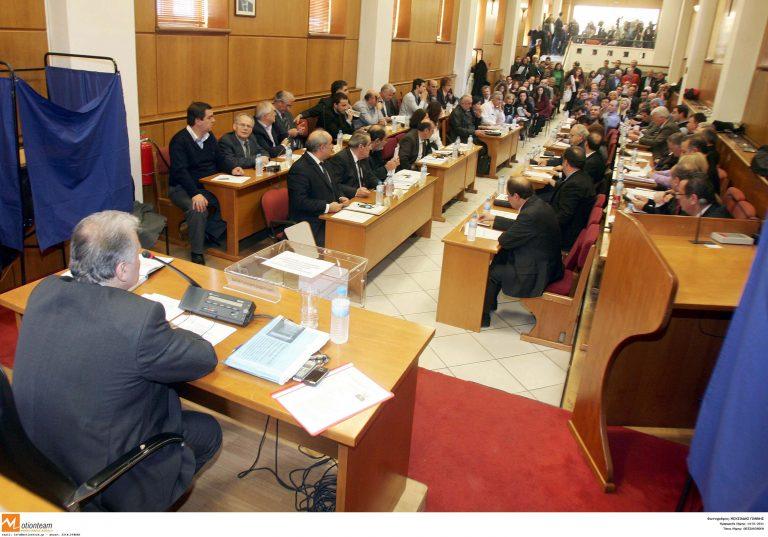 Μακεδονία: Πανδαιμόνιο για τον Π.Ψωμιάδη στο περιφερειακό συμβούλιο! | Newsit.gr