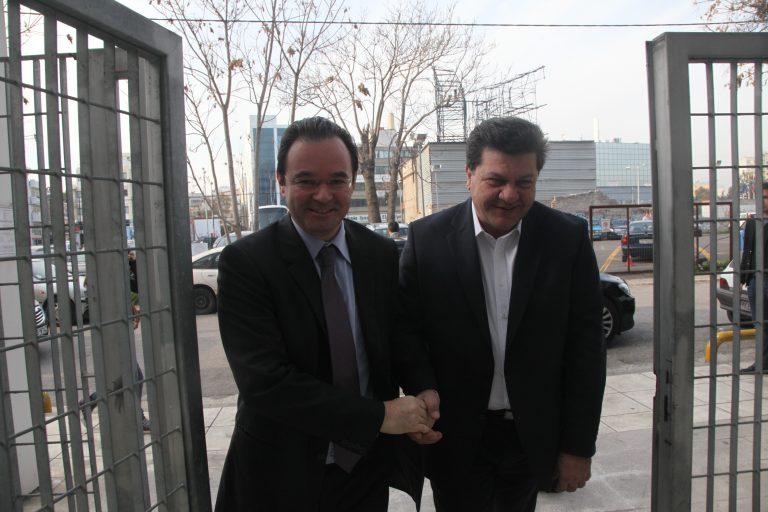 Εκθέτει ο Καπελέρης στην Βουλή τον Παπακωνσταντίνου: Ποιά λίστα; 10 ονόματα μου έδωσαν να ελέγξω! | Newsit.gr