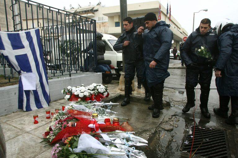 Ρέθυμνο: Συγκλονισμένοι οι φίλοι και οι συγγενείς του τραυματία αστυνομικού! | Newsit.gr