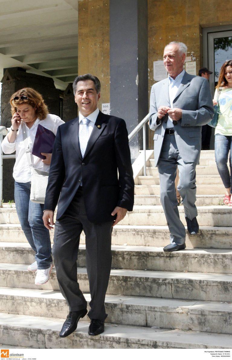 Ελεύθερος με σκληρούς όρους ο Παπαγεωργόπουλος | Newsit.gr