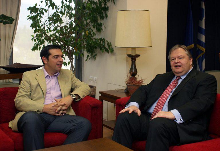 Θα επιστρέψει αμέσως την εντολή ο Βενιζέλος;   Newsit.gr