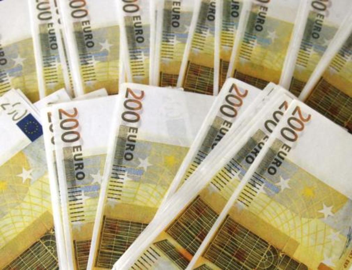 Βγαίνει για δανεικά σήμερα το Δημόσιο   Newsit.gr