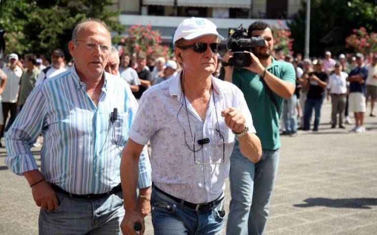 Συμφωνία κάτω απ' το τραπέζι; – Λήγει η απεργία των ταξί! | Newsit.gr