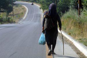 Μεσολόγγι: Της έκαναν έξωση στα 81 της χρόνια – Συγκίνηση για το δράμα της γριούλας!