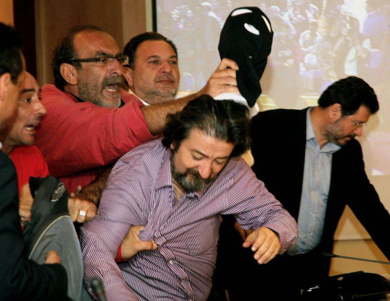 Θεσσαλονίκη:Νέα επίθεση στον Σίμο Δανιηλίδη -»Με έφτυσαν, με έβρισαν και με κλώτσησαν» λέει στο NewsIt   Newsit.gr
