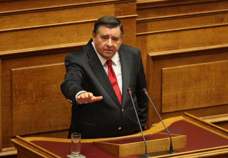 Καρατζαφέρης: «Ο πρωθυπουργός είναι πολιτικά δόλιος» | Newsit.gr
