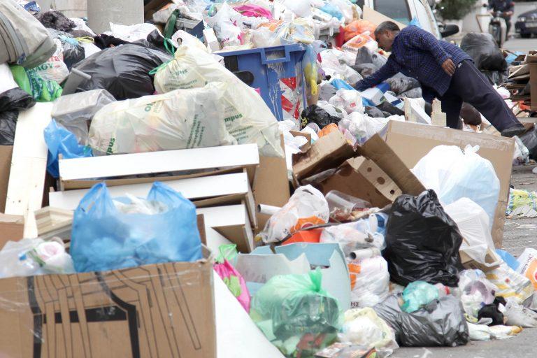Αρκαδία: »Οι λόφοι σκουπιδιών απειλούν τη δημόσια υγεία»! | Newsit.gr
